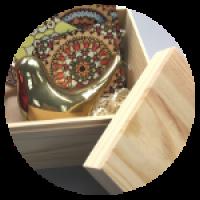 Деревянная коробка. Размер: 35*14,5*15 см.