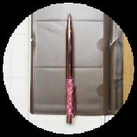 Шариковая ручка. Размер – 14,5 см. Материал – металл. Цвет – розовое золото.
